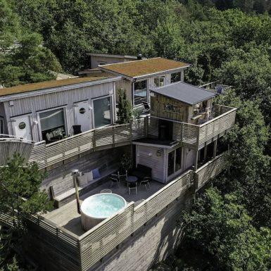 Treetop Spa Hangout & Hotel